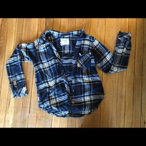 Abercrombie navy plaid button up size small